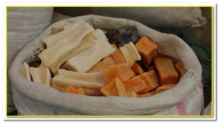 maragheh soap made of caustic soda and animal fat
