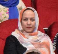 تصویر خانم زینت عصار زادگان